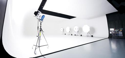 studio4-nav-512×240